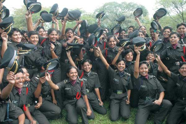POP-Lady-Cadets