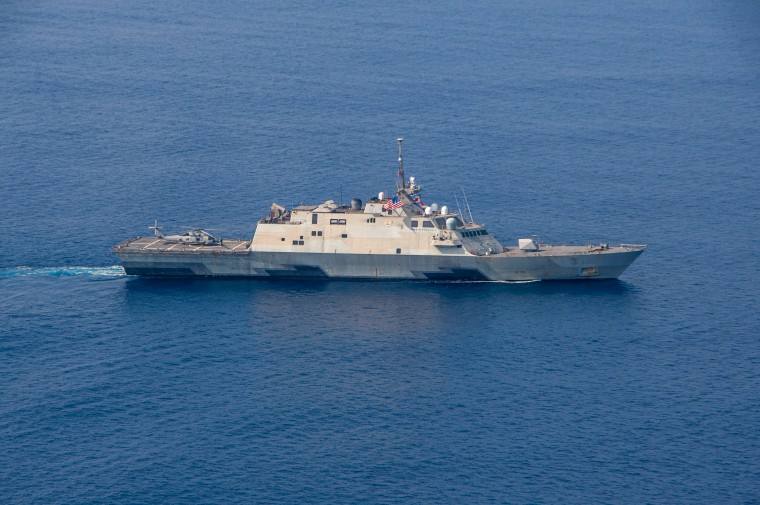 USS_Fort_Worth_transits_into_formation_during_a_photo_exercise_as_a_part_of_Exercise_Malabar_2015 (1).JPG