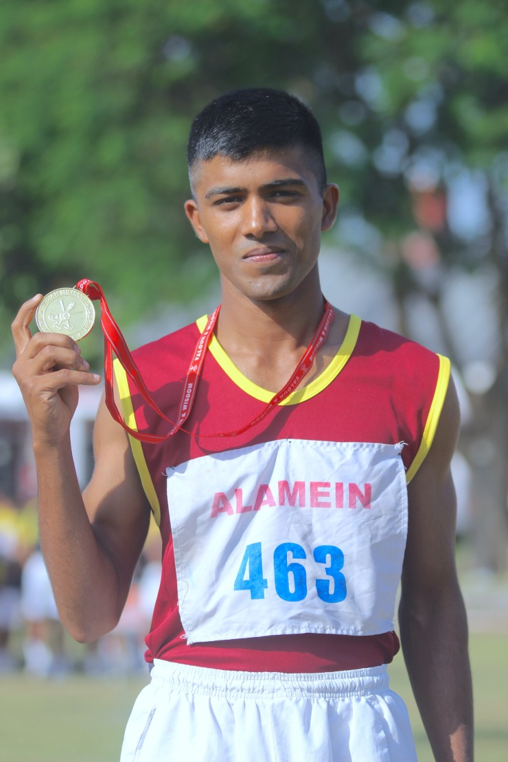 GC SHIVKANT YADAV WITH GOLD