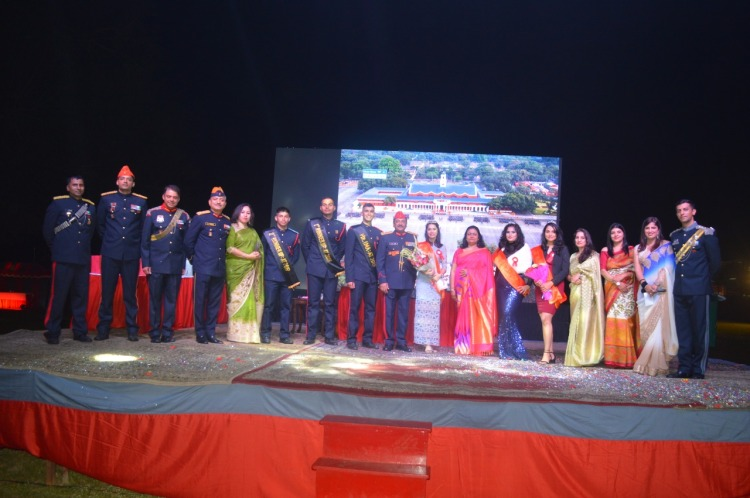 Lt Gen SK Jha, PVSM, AVSM, YSM, SM, Comdt, IMA and Mrs Anita Jha, the first lady of the Academy, Maj Gen GS Rawat, AVSM, YSM, SM, DC&CI and Mrs Anupa Rawat second lady of the Academy alongwith the winners of IMA Bal.jpg