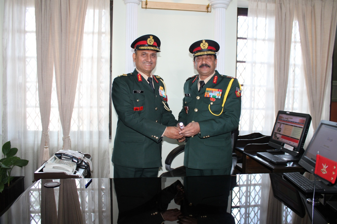 Lt Gen Sanjay Kumar Jha, PVSM, AVSM, YSM, SM, Handing Over Baton to Lt Gen Jaiveer Singh Negi, PVSM, AVSM, YSM, VSM__